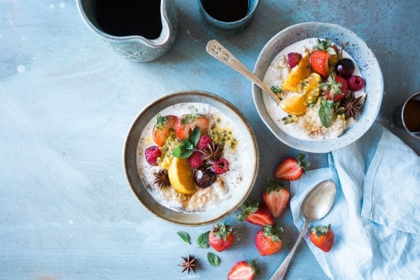 Oatmeal and fruit in a bowl